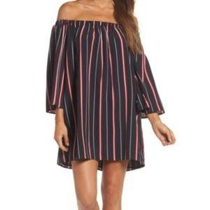 Dresses & Skirts - Off Shoulder Dress Size Xsmall Nwt